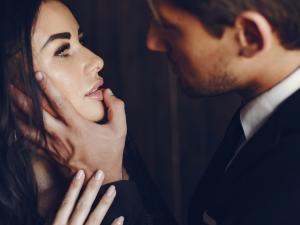Tiszta kéz-mocskos szex…..avagy óvakodj a pedánstól! 2…azaz kettő