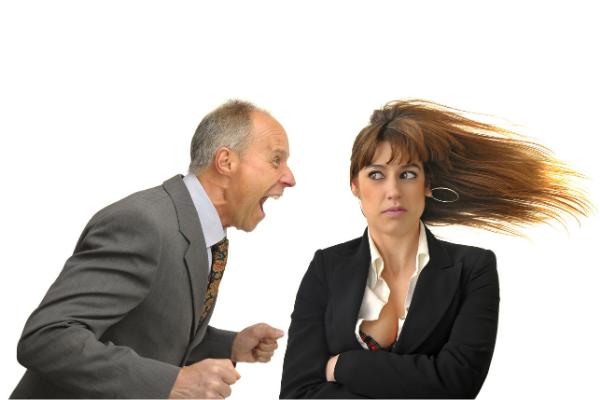 Sokszor csapkodod az asztalt dühödben? Elmondom miért ne tedd.